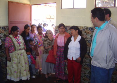 Inauguracion modulo acolchonado escuela Xelaju