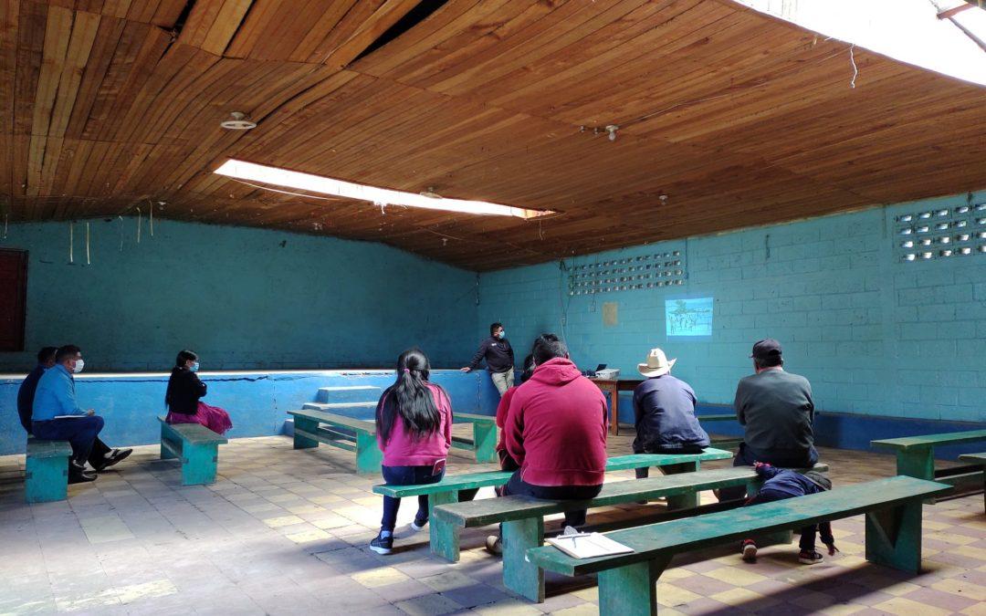 MUNI-K´at aborda taller para identificar las amenazas relacionadas al cambio climático, en el municipio de San Antonio Sacatepéquez.